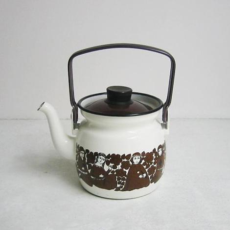 medieval-kettle1.jpg