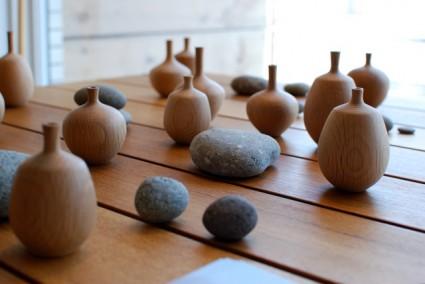 crate furniture vases 425x284 Crate Furniture