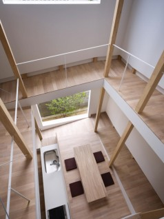 house of slope FujiwaraMuro 7 238x318 House of Slope by FujiwaraMuro Architects