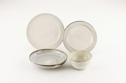 Koishiwara Pottery 2 425x280 Koishiwara Pottery