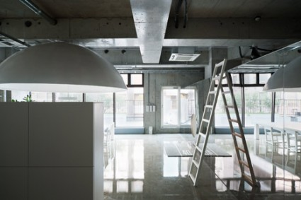MR Design Office by Schemata 4 425x283 MR Design   aka Kenjiro Sano   gets a new office