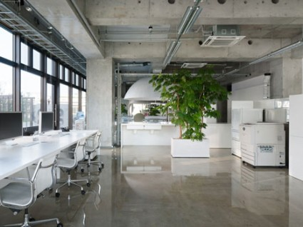MR Design Office by Schemata 5 425x318 MR Design   aka Kenjiro Sano   gets a new office