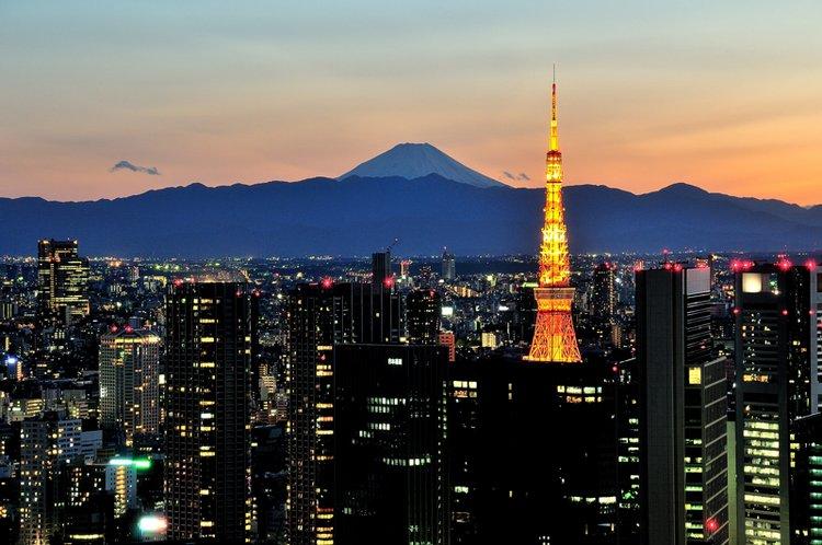 fuji from city - st lukes garden tower