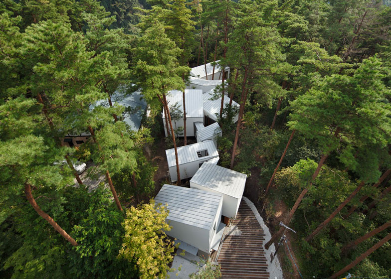 Residence Of Daisen A House Designed To Fit In Between
