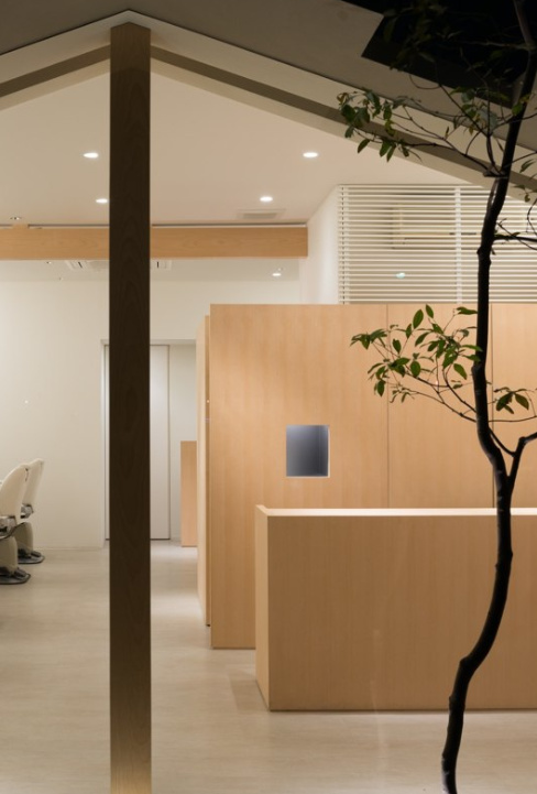 A Minimal Beauty Salon With An Emphasis On Form