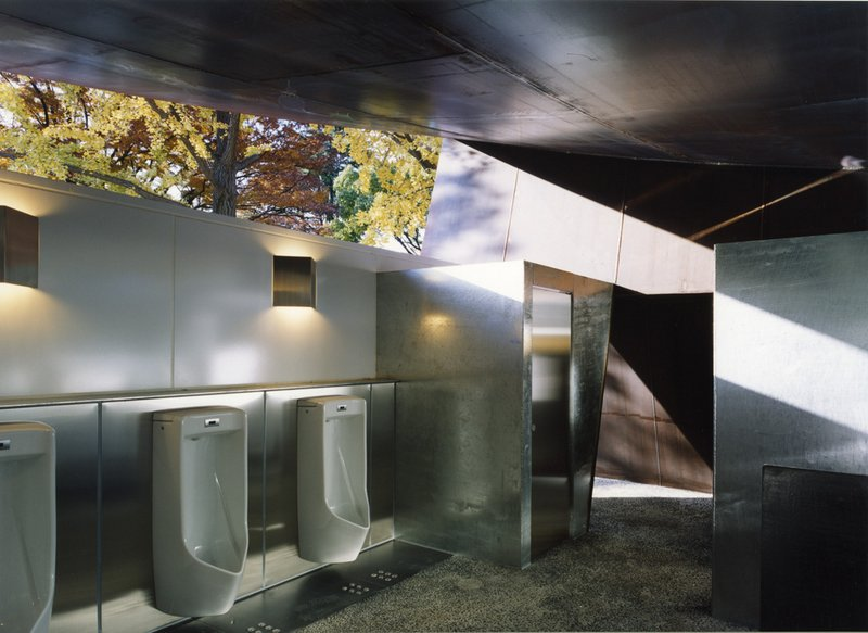 Japanese public restrooms - Halftecture O by Shuhei Endo 2