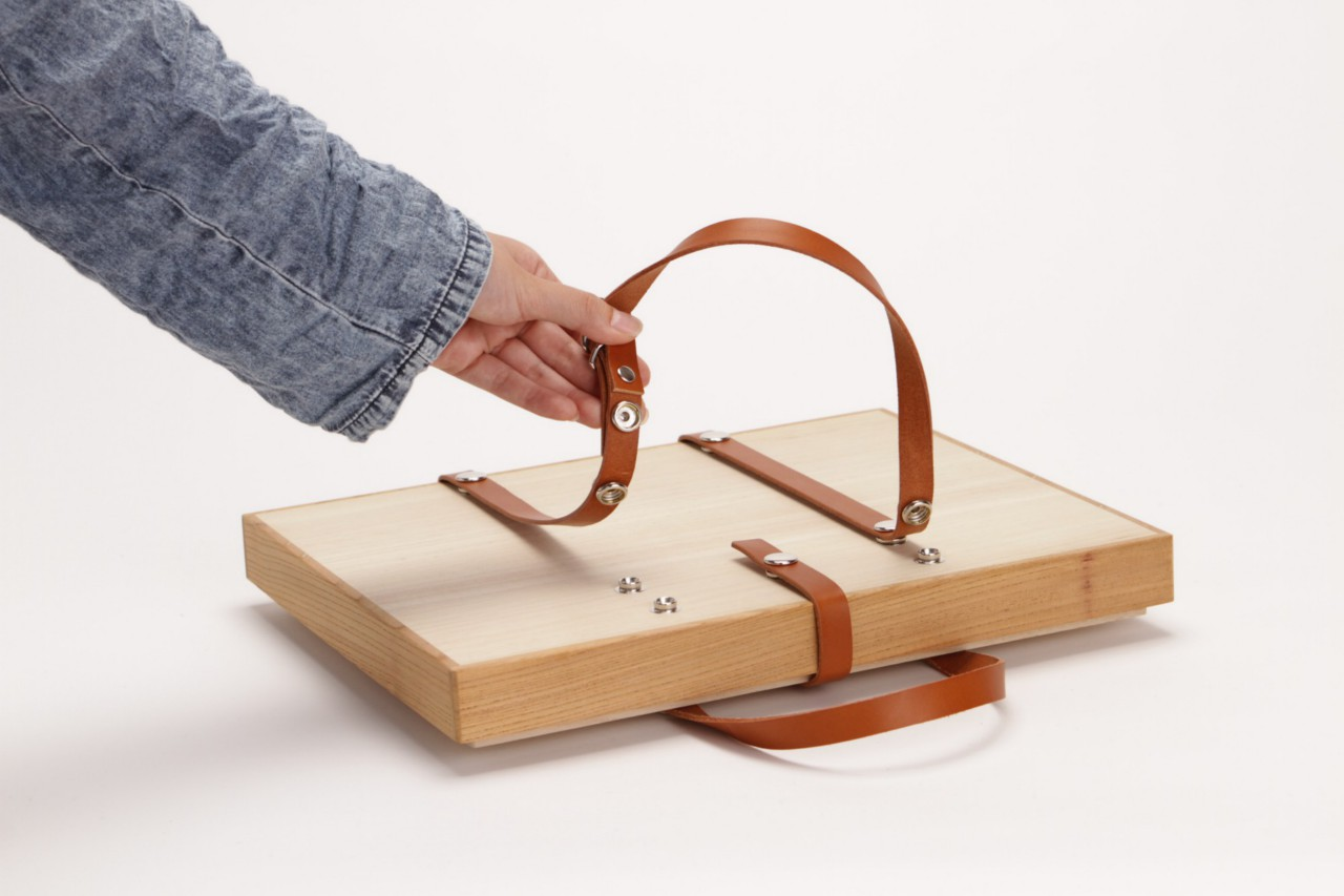 A Wooden Carrying Bag by DonguriCo | Spoon & Tamago