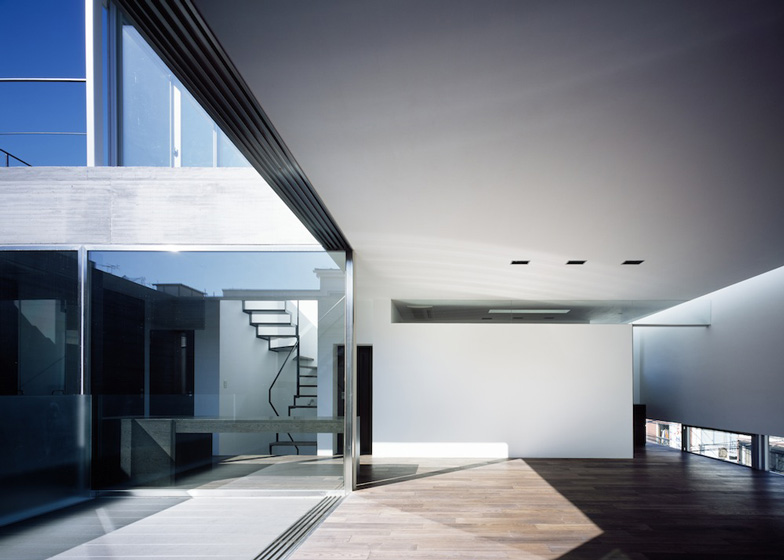 Calm-house-Apollo-Architects (3)