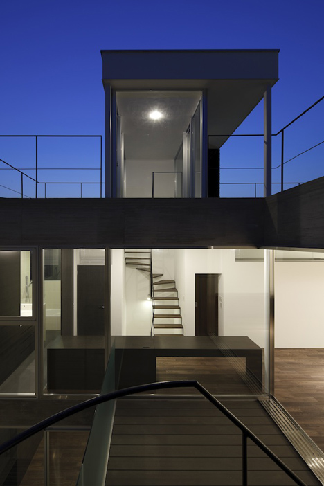 Calm-house-Apollo-Architects (6)