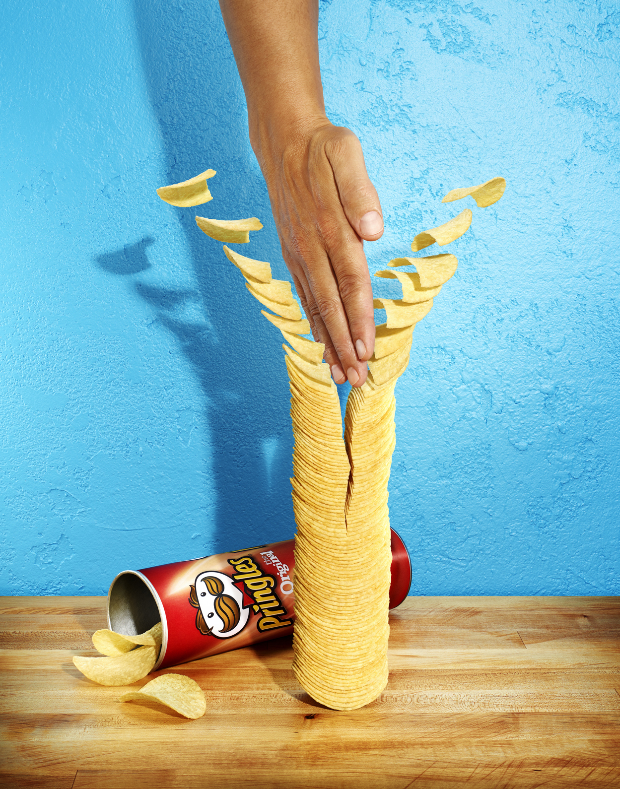 Pringles-Chips-Tower