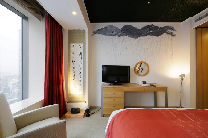 artist-in-hotel (3)