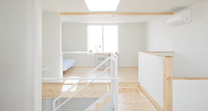 muji vertical house tatenoie