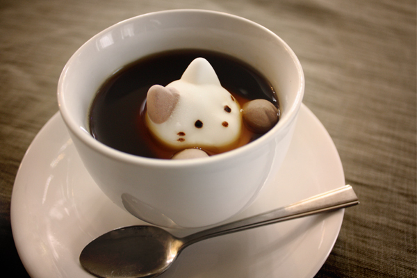cat paw yawahada marshmallow
