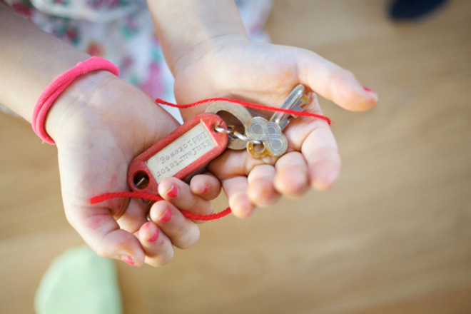 chiharu shiota the key in the hand
