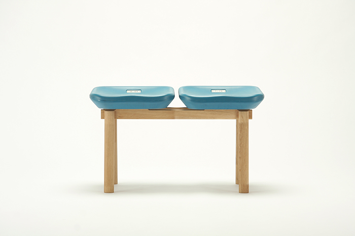 national stadium chairs - kokuritsu bench 1