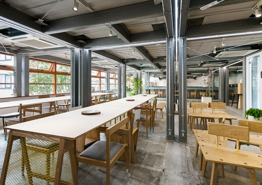 Stock a new shared office in tokyo spoon tamago Coworking space design ideas