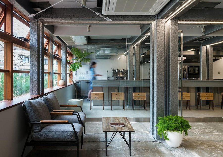 Stock a new shared office in tokyo spoon tamago Shared office space design