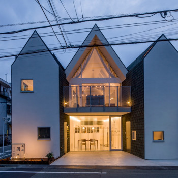 House Cut: A Tokyo Home Designed to Make Way For a Road Expansion