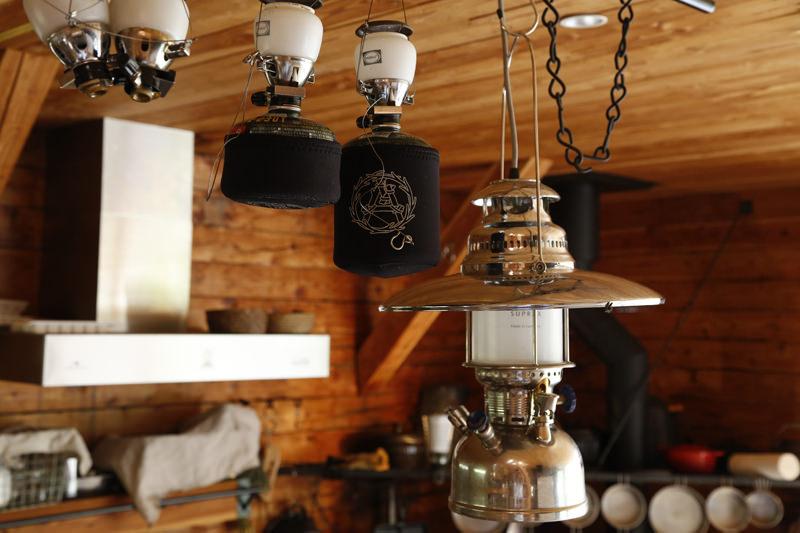 kobayashi setsumasa mountain cabin (10)