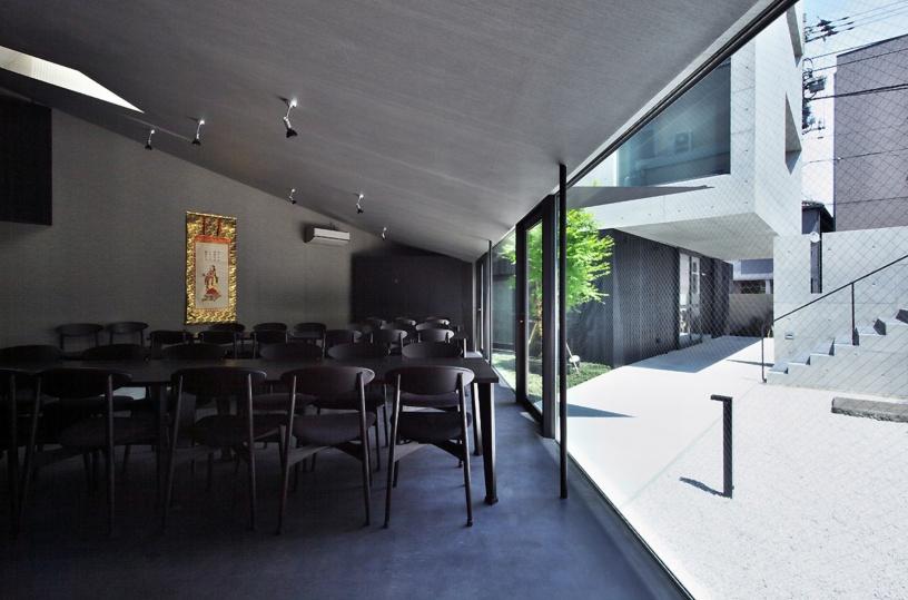 tsunyuji temple by Satoru Hirota Architects (10)