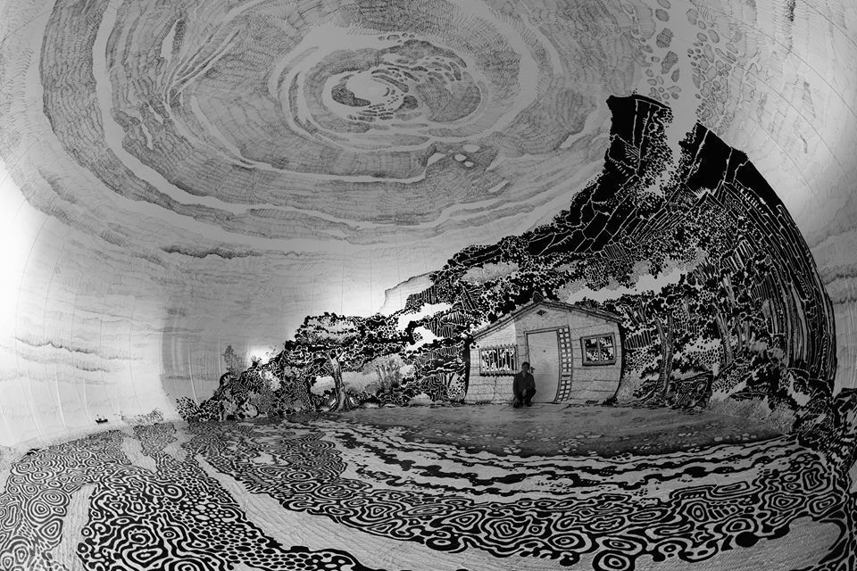 Oiwa Island: a massive drawing within an inflatable vinyl