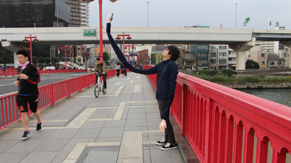 selfie arms 2