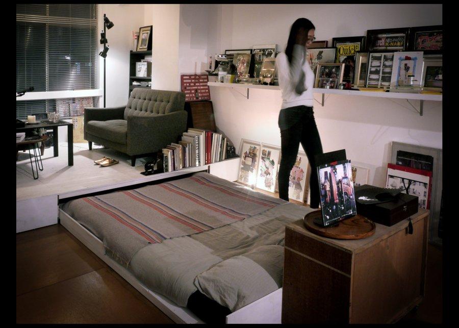 House Tour: Yoyogi Artist Studio (with a hidden bed