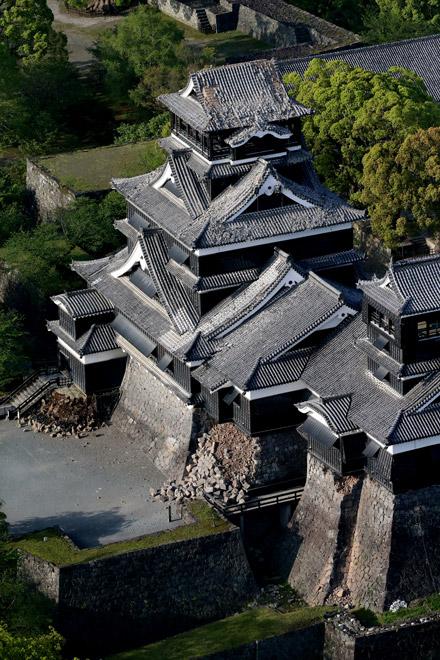 Damaged Kumamoto Castle Actually Withstood The Earthquake