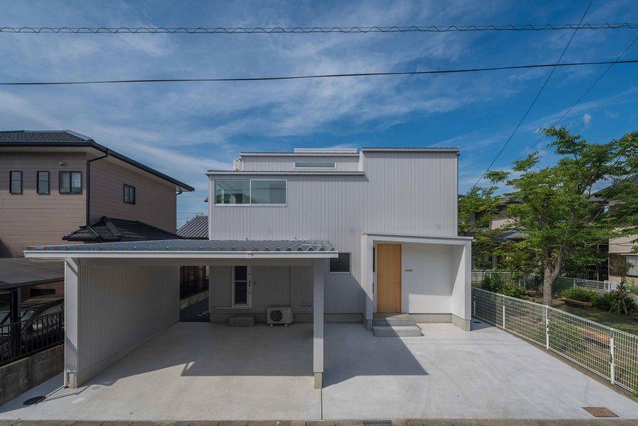 Puddle House by Masaki Yoneda (1)