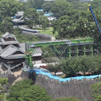 Photos Of the Kumamoto Castle Reconstruction Efforts