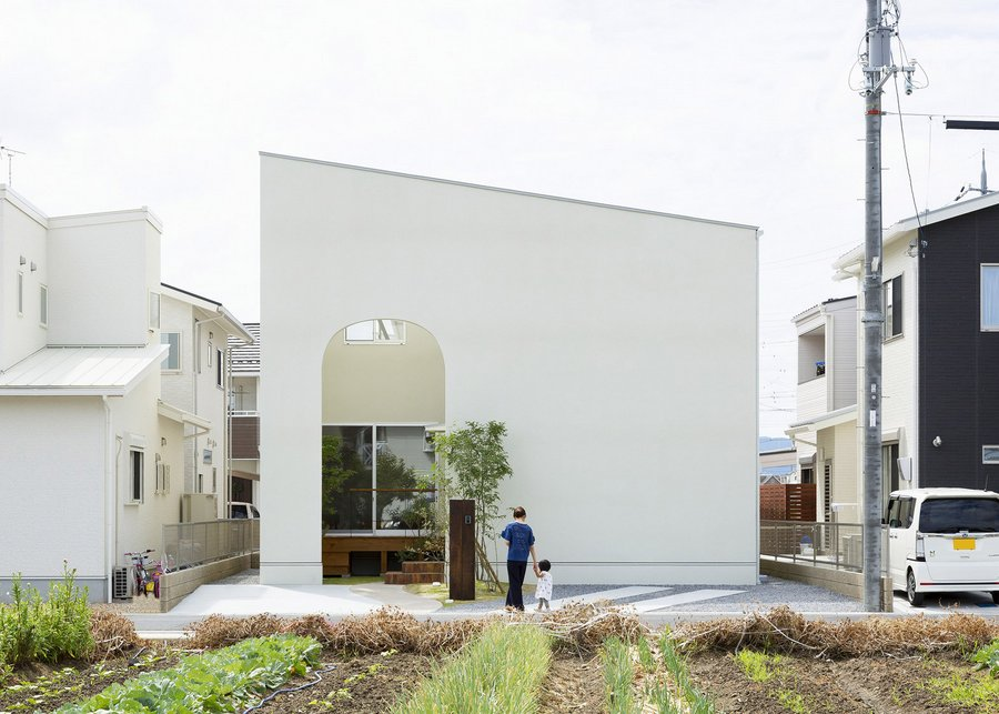 outsu house in shiga by alts design (1)