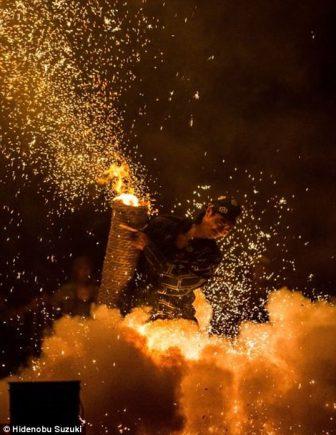 toyohashi gion matsuri fireworks by hide suzuki (2)