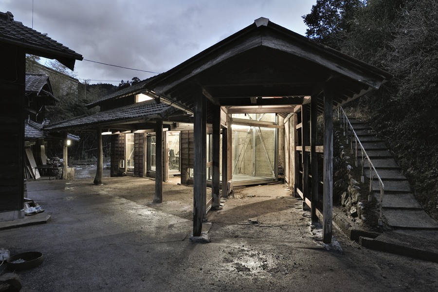 kamiyama-cow-shed-office-1
