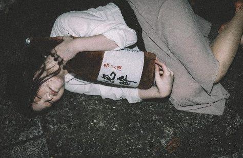sake-bottle-pillow-1