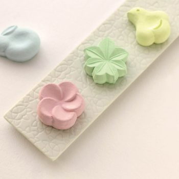 Wagashi-Shaped Fragrance Diffusers to Sweeten Up Your Home