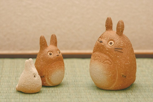 Totoro Meets Shigaraki Ceramics in New Stoneware Collaboration