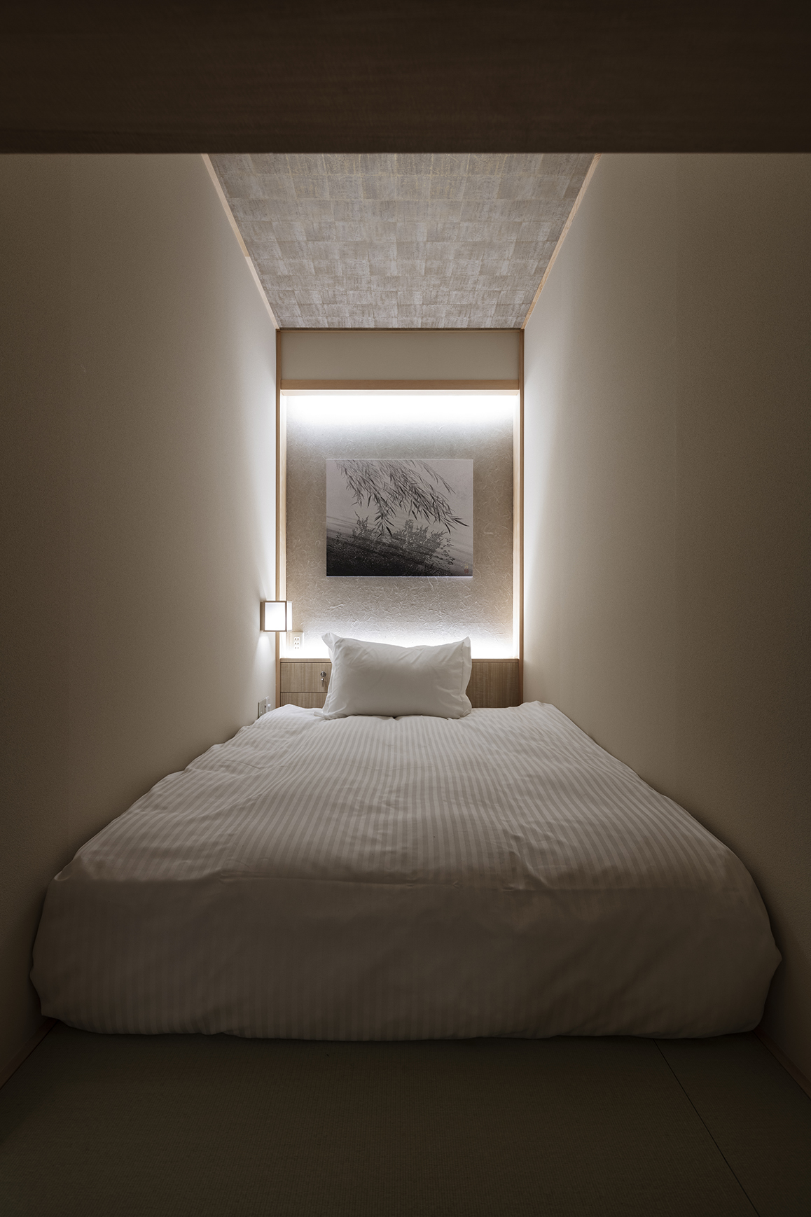 Hotel Room Types: ZenTokyo: A Teahouse-Inspired Capsule Hotel