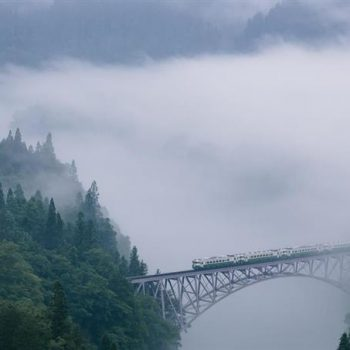 The Picturesque Tadami Line that Runs Between Fukushima and Niigata